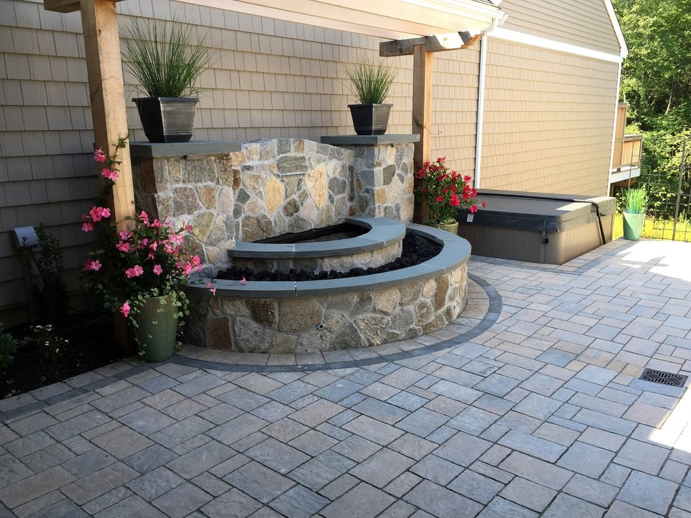 Landscapers near me in Newton, MA with top patio pavers