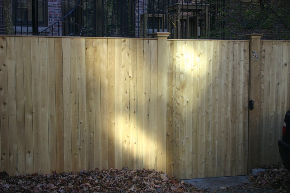 Top quality fence and deck builder in Brookline MA