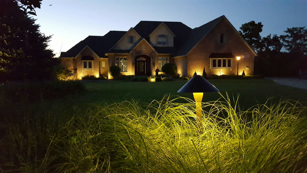 Landscape lighting design in East Peoria, IL