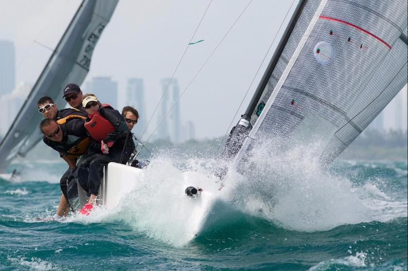 Megan Ratliff's Decorum wins Corinthian Division of BLUESMITHS MELGES 24 WORLD WINTER SERIES Bow- Megan Ratliff, Chris Stocke-Tactician; Alex Simon-Trimmer; Brad Terpstra, Jib Trim/Rig Tune; Hunter Ratliff-helm ©2016 Petey Crawford