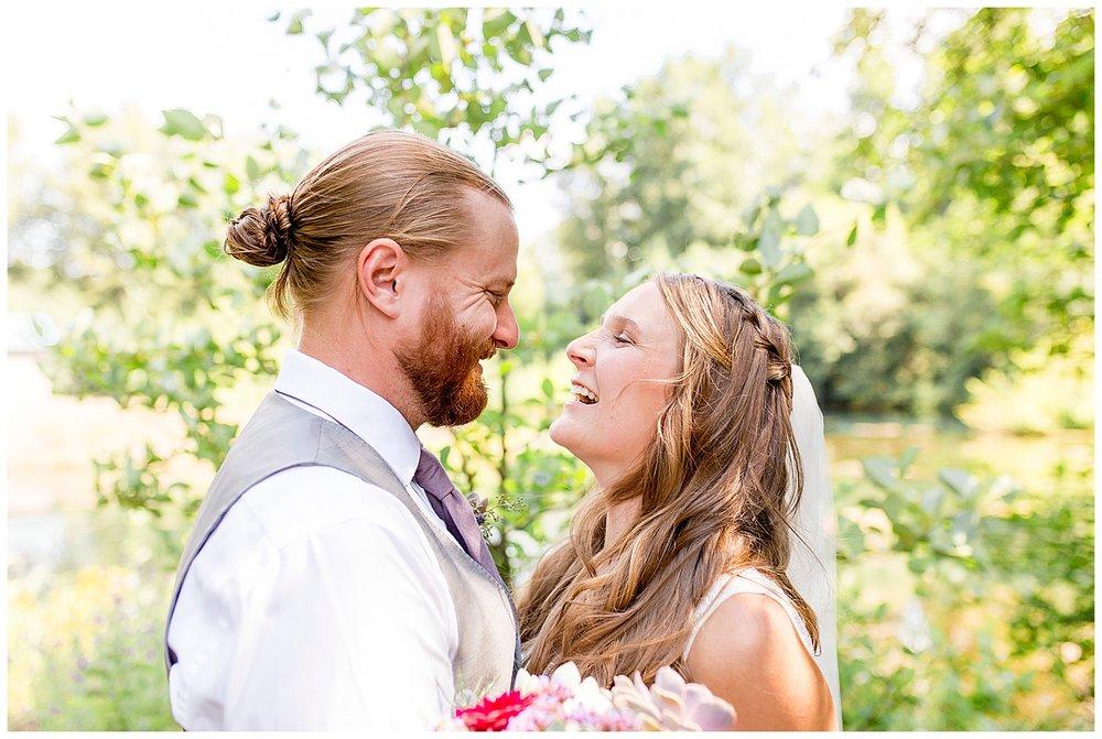 Wedding_Easton_Washington_Whistling_Dixie_Photography_Summer_River_Cabin_0020.jpg