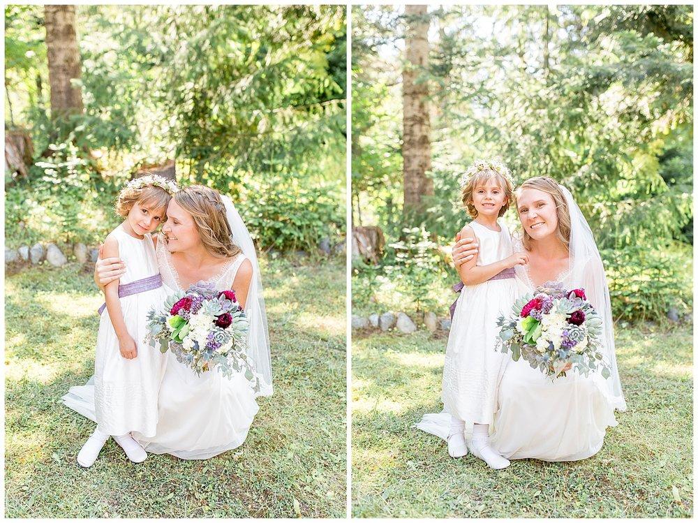 Wedding_Easton_Washington_Whistling_Dixie_Photography_Summer_River_Cabin_0028.jpg