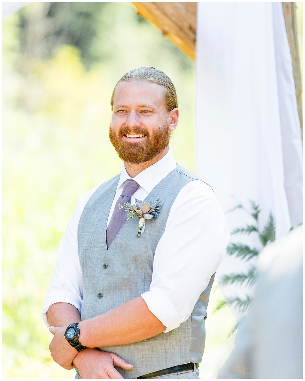 Wedding_Easton_Washington_Whistling_Dixie_Photography_Summer_River_Cabin_0035.jpg
