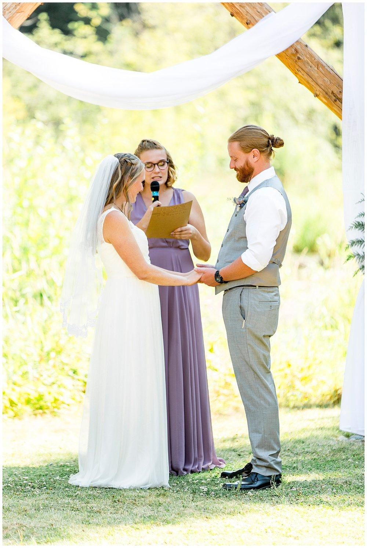Wedding_Easton_Washington_Whistling_Dixie_Photography_Summer_River_Cabin_0037.jpg