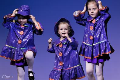 autumn-half-term_activities_kids_petite-performers_7_2956274011.jpeg