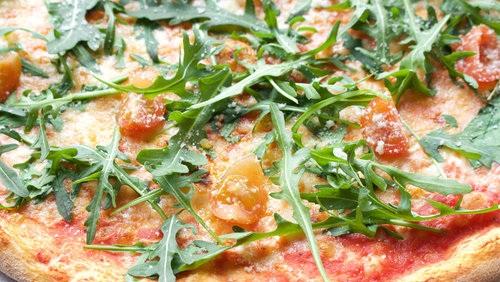 mrpizza-02-bio-pizza.jpg