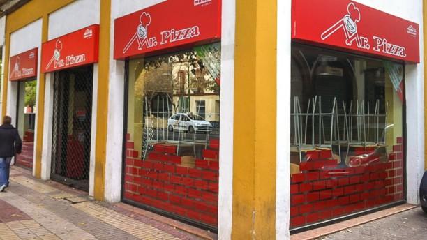 mr-pizza-fachada-d8ec5.jpg
