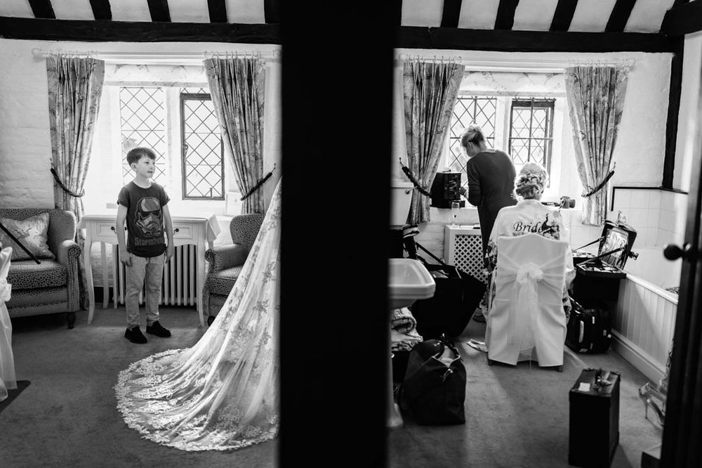 045 Leez Priory wedding photographer.jpg