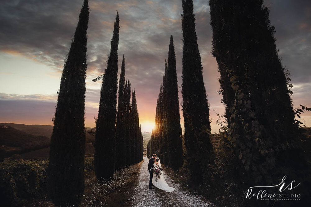 wedding at Vicchiomaggio castle in Tuscany