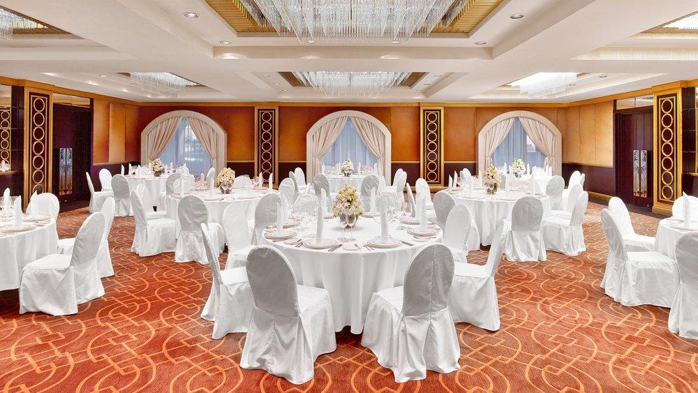 mowxr-ballroom-3029-hor-wide.jpg