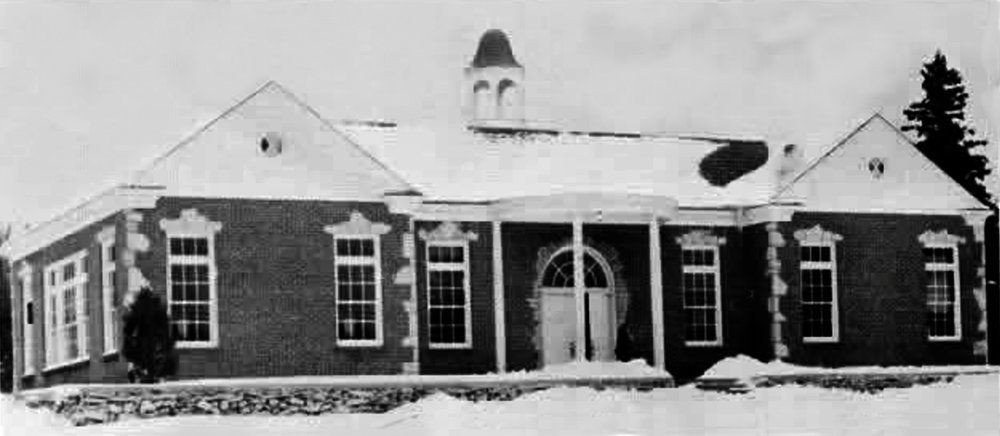Hessel School House 1954 001.jpg