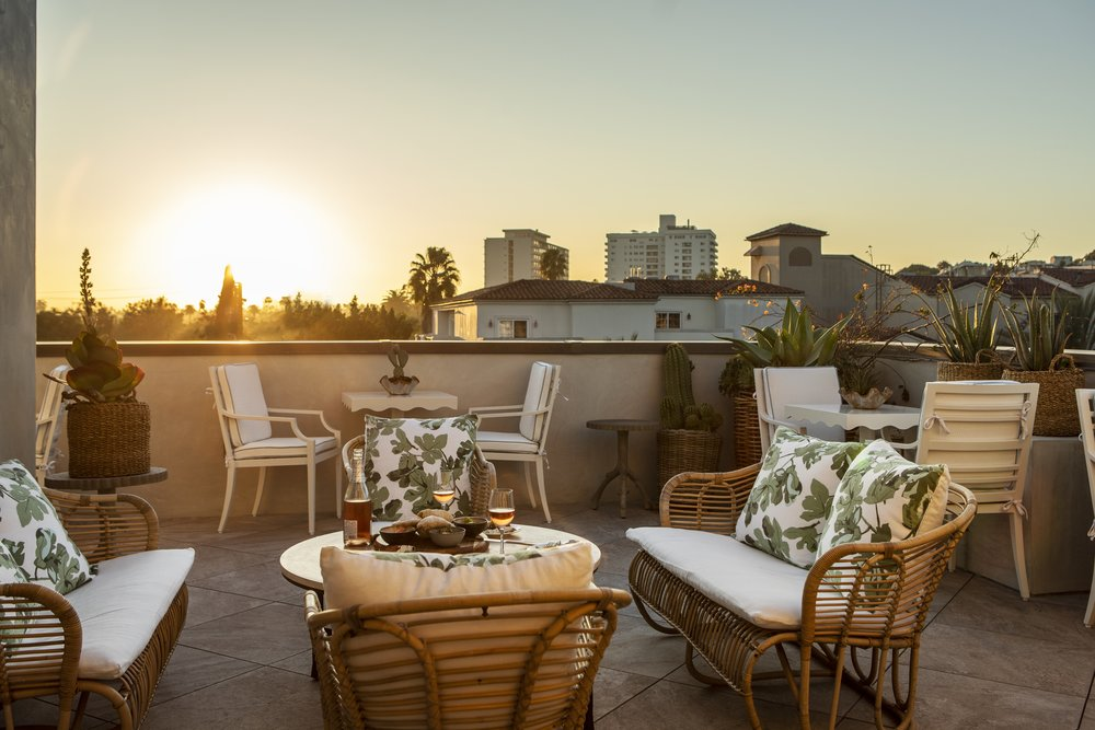 San Vicente Bungalows is a private membership club and luxury boutique hotel located in the heart of West Hollywood Los Angeles. Ohana participated in a recapitalization of the property in 2018 in connection with the property's grand opening.    EXPLORE SITE >