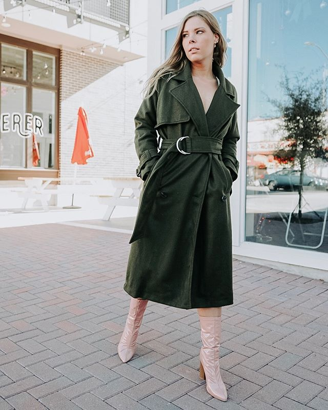Olive you 🌿Winter trench dreams.