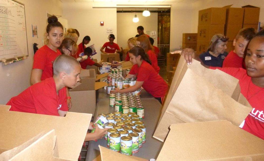 GBFB-volunteers.jpg