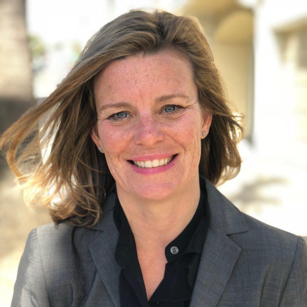 Consultant - Leah Lovelace