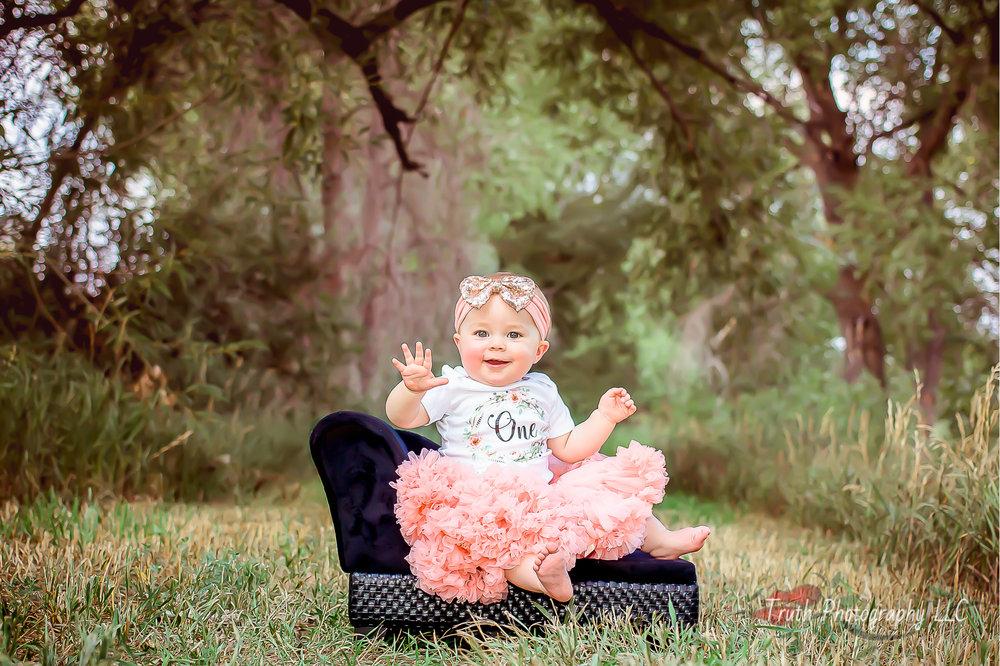 Truth-Photography-Thornton-baby-portraits.jpg