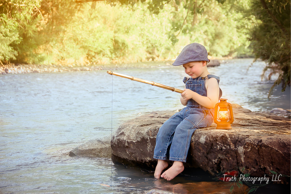 Truth-Photography-Golden-CO-kids-fishing-photography.jpg