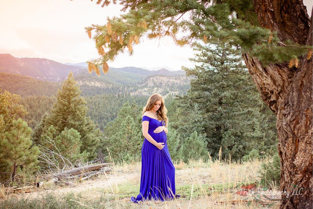 Truth-Photography-Colorado-Mountain-Maternity-photos.jpg