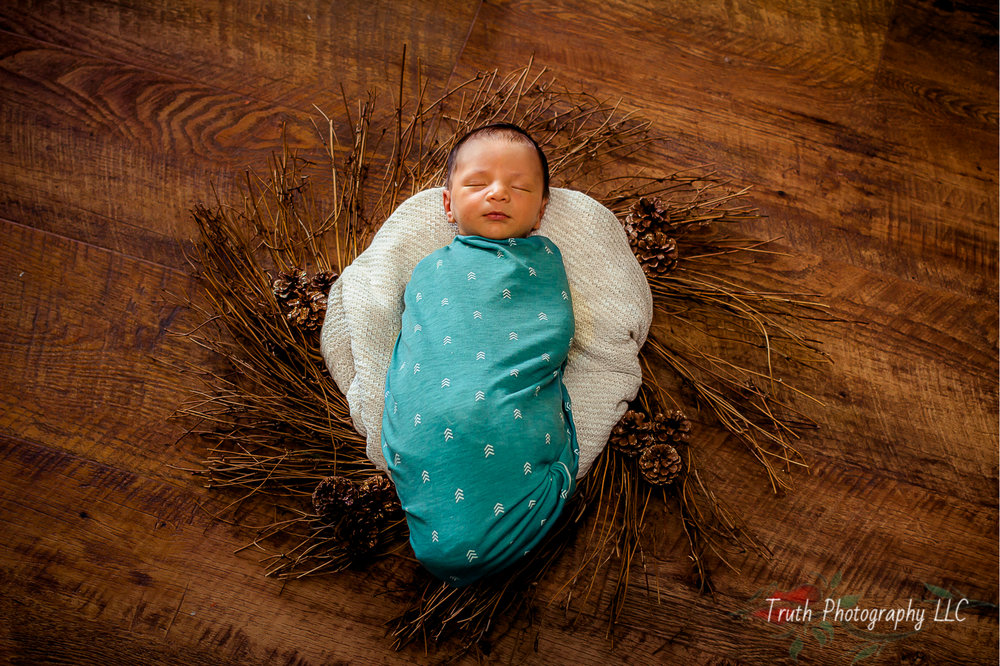 Truth-Photography-Broomfield-newborn-photograph.jpg
