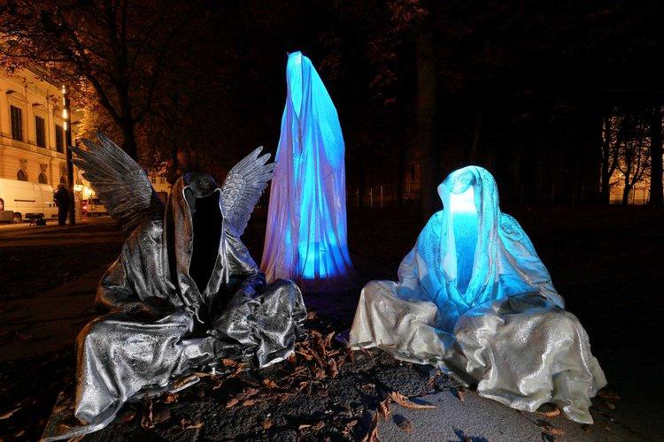 Festival of Lights Berlin – Guardians of Time by Manfred Kielnhofer. Photo: kielnhofer.at