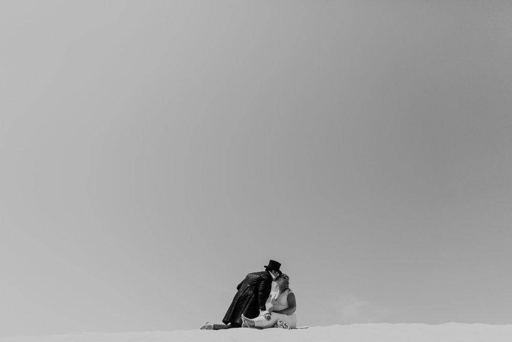 hochzeit-frankreich-dune-du-pilat-hochzeitsfotografie-bordeaux-karol-and-jens_172.jpg