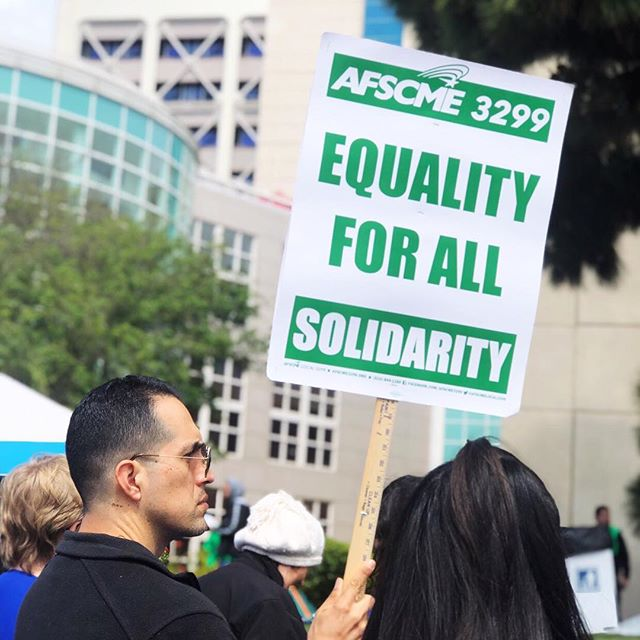 Today, I had the great honor of joining the picket line with @afscme 3299 and  @cwaunion 9119 at the UCSD Medical Center in Hillcrest to demand a fair contract for UC workers. When we fight, we win! #1u #UCfortheMany