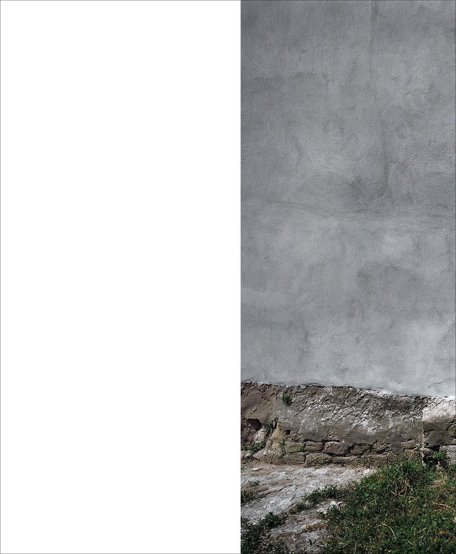 Wall. Baia, Campania