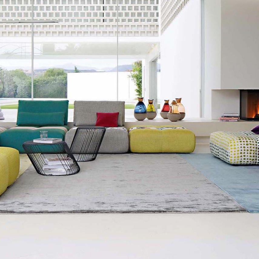 - mobilier intérieur