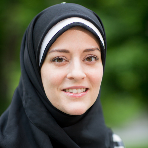 Marie created the original NWMI website and helped facilitate NWMI's Convert Connections program in Ramadan. She looks forward to working on future interfaith initiatives.
