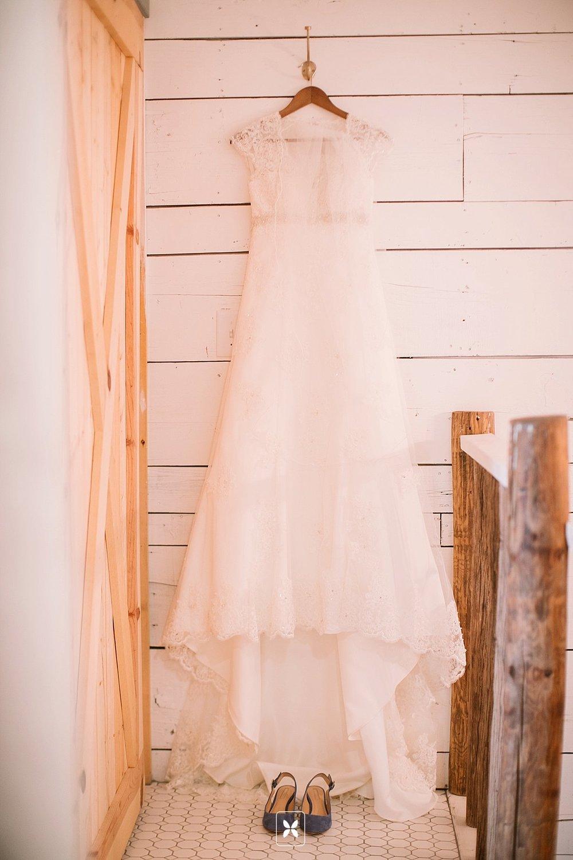jesse_cori_northwest_arkansas_wedding_photography_Kindred_Barn_0004.jpg