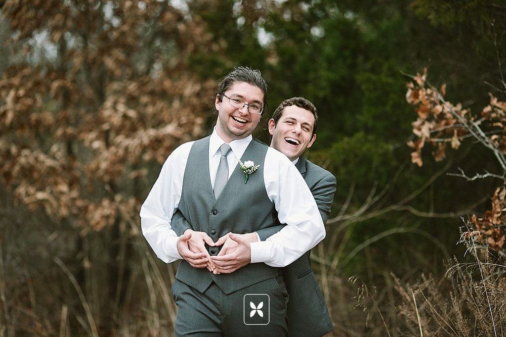 jesse_cori_northwest_arkansas_wedding_photography_Kindred_Barn_0015.jpg