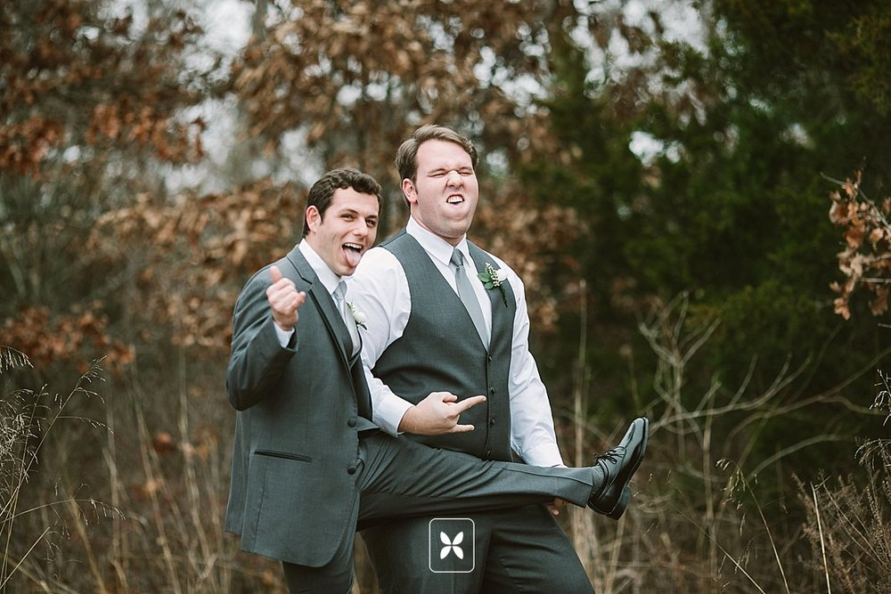 jesse_cori_northwest_arkansas_wedding_photography_Kindred_Barn_0016.jpg