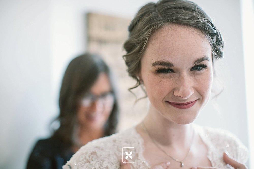 jesse_cori_northwest_arkansas_wedding_photography_Kindred_Barn_0024.jpg