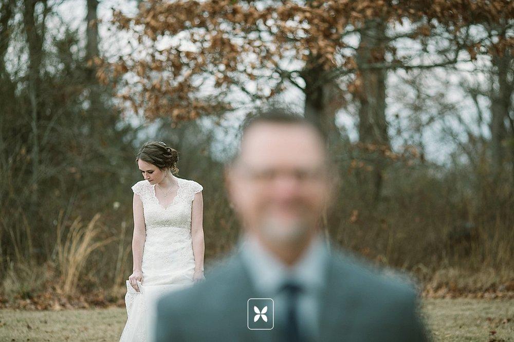 jesse_cori_northwest_arkansas_wedding_photography_Kindred_Barn_0029.jpg