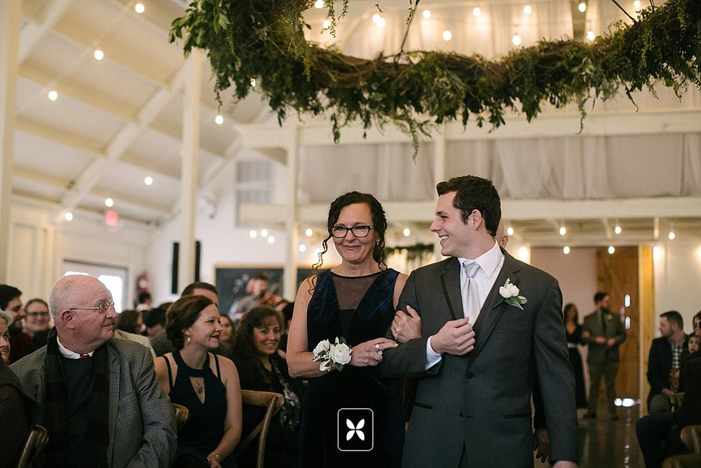 jesse_cori_northwest_arkansas_wedding_photography_Kindred_Barn_0050.jpg