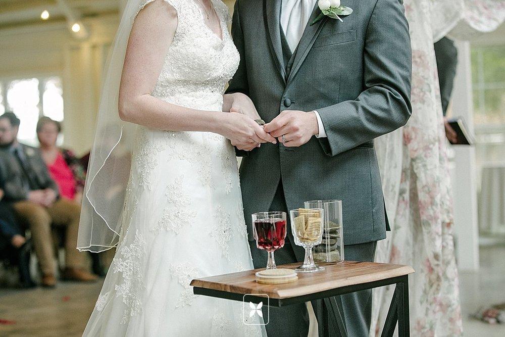jesse_cori_northwest_arkansas_wedding_photography_Kindred_Barn_0062.jpg