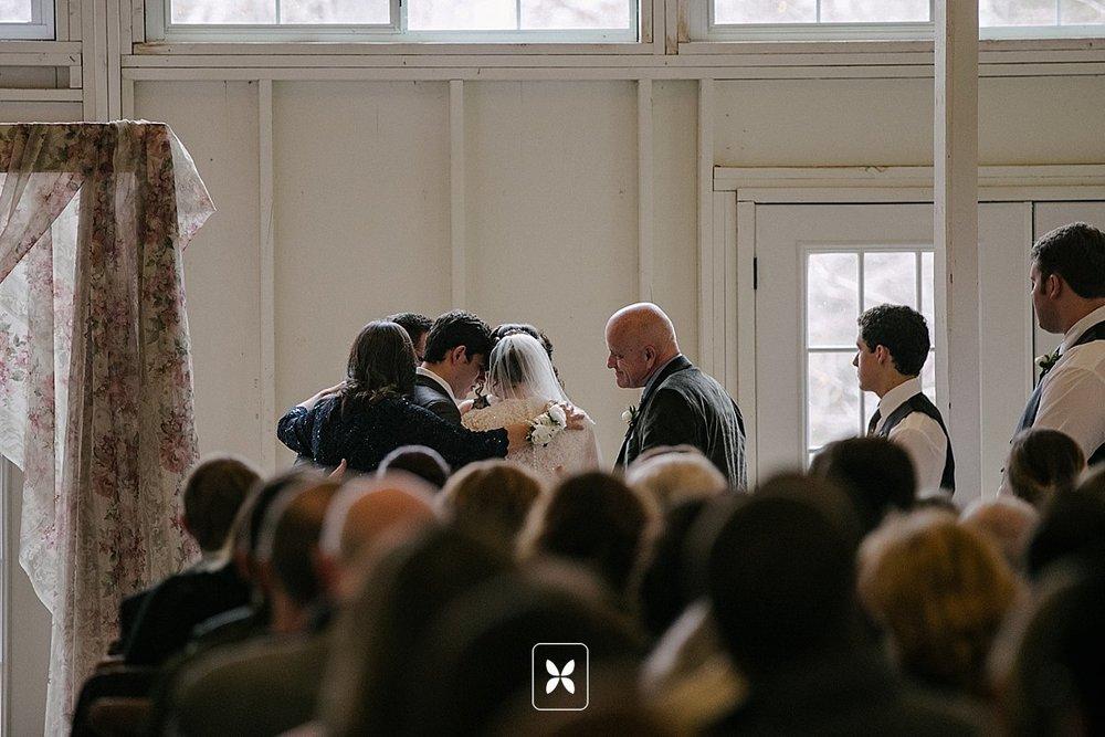 jesse_cori_northwest_arkansas_wedding_photography_Kindred_Barn_0064.jpg