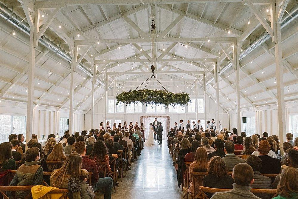 jesse_cori_northwest_arkansas_wedding_photography_Kindred_Barn_0126.jpg