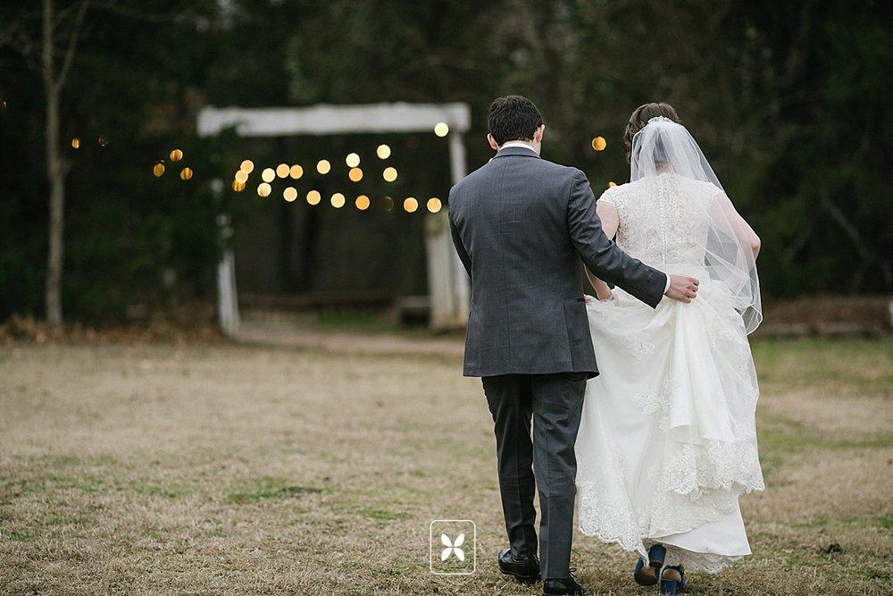 jesse_cori_northwest_arkansas_wedding_photography_Kindred_Barn_0072.jpg