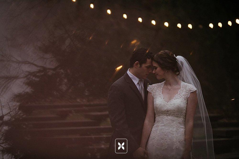 jesse_cori_northwest_arkansas_wedding_photography_Kindred_Barn_0073.jpg