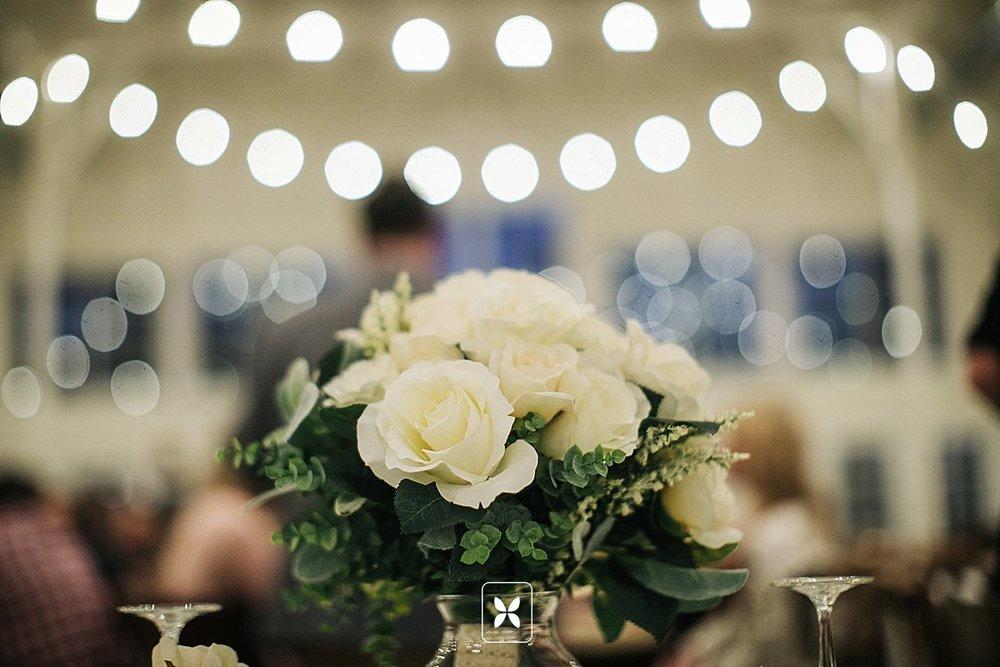 jesse_cori_northwest_arkansas_wedding_photography_Kindred_Barn_0098.jpg