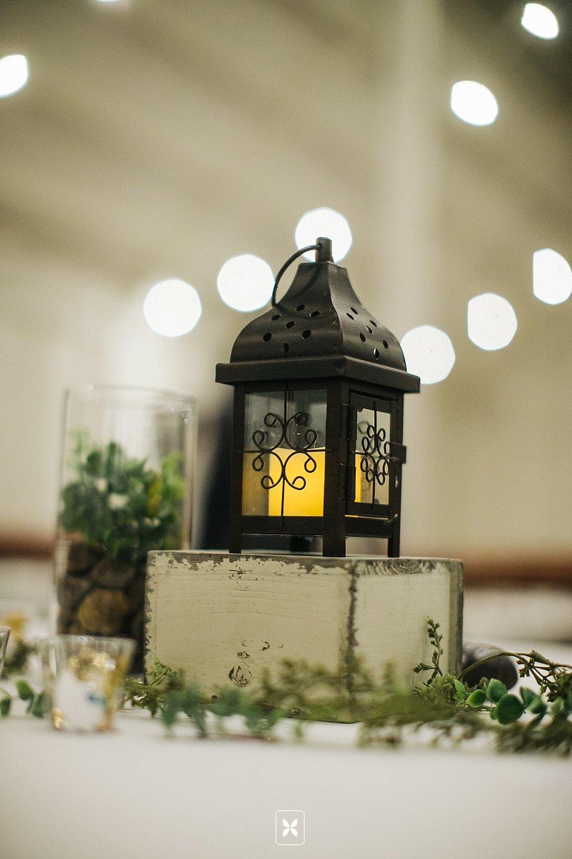 jesse_cori_northwest_arkansas_wedding_photography_Kindred_Barn_0097.jpg
