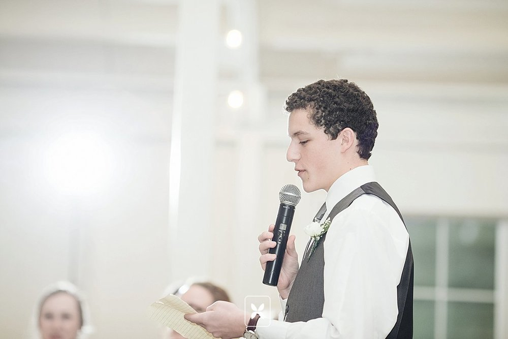 jesse_cori_northwest_arkansas_wedding_photography_Kindred_Barn_0084.jpg