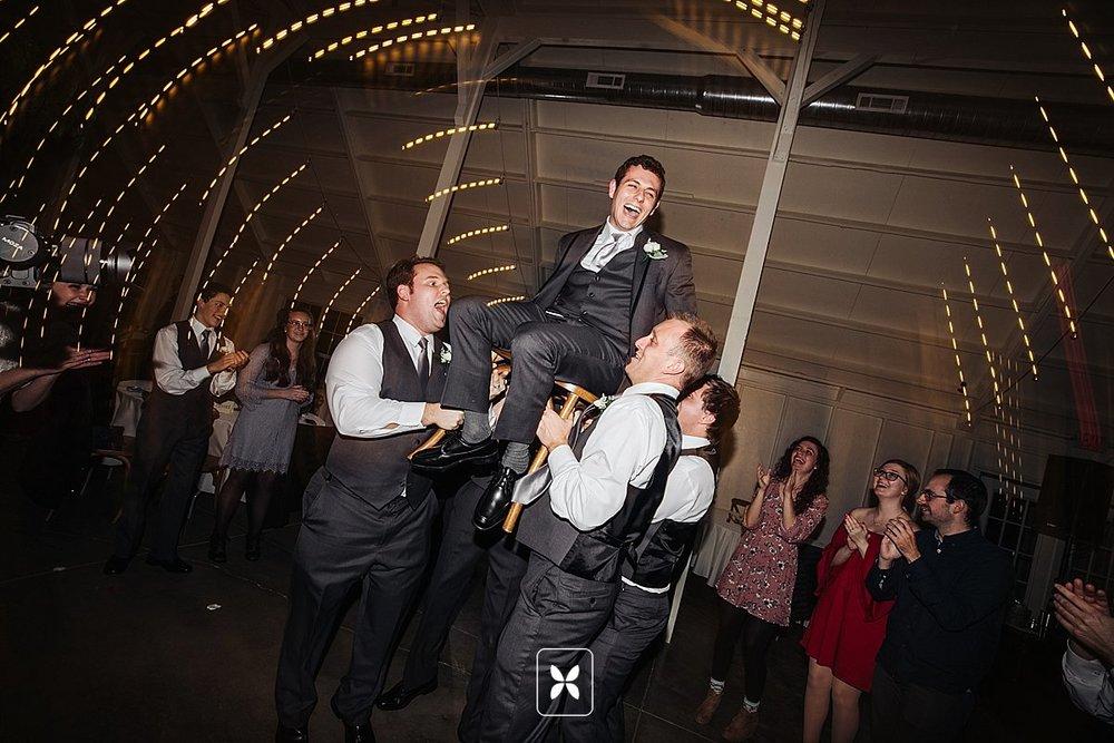 jesse_cori_northwest_arkansas_wedding_photography_Kindred_Barn_0104.jpg