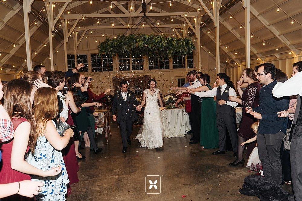 jesse_cori_northwest_arkansas_wedding_photography_Kindred_Barn_0114.jpg