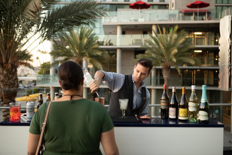 bartender750x500.jpg