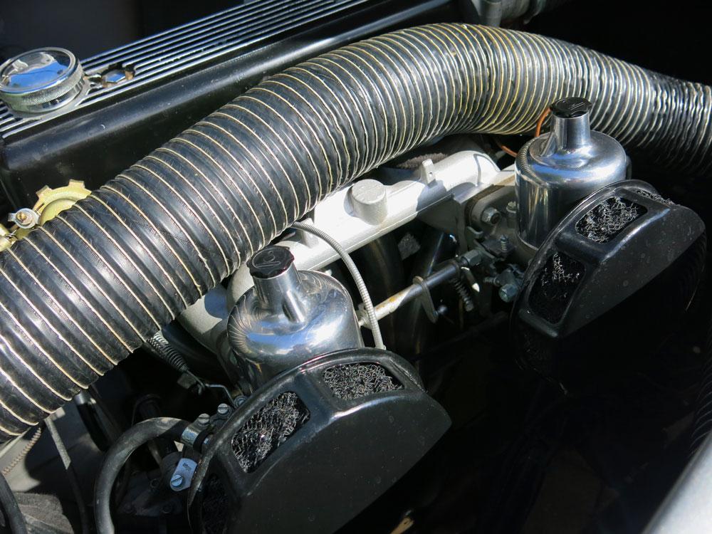 Triumph AC Aceca.jpg