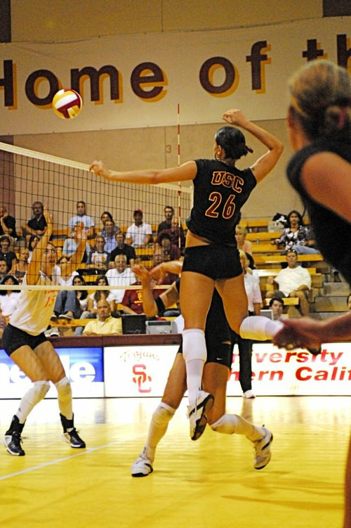 USC Volleyball Player Kelli Tennant