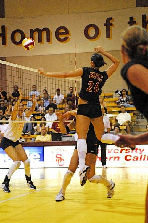 USC Volleyball Player Kelli Tennant