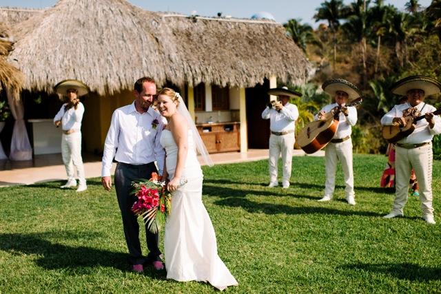 brooke-travis-wedding-photos-02.jpg